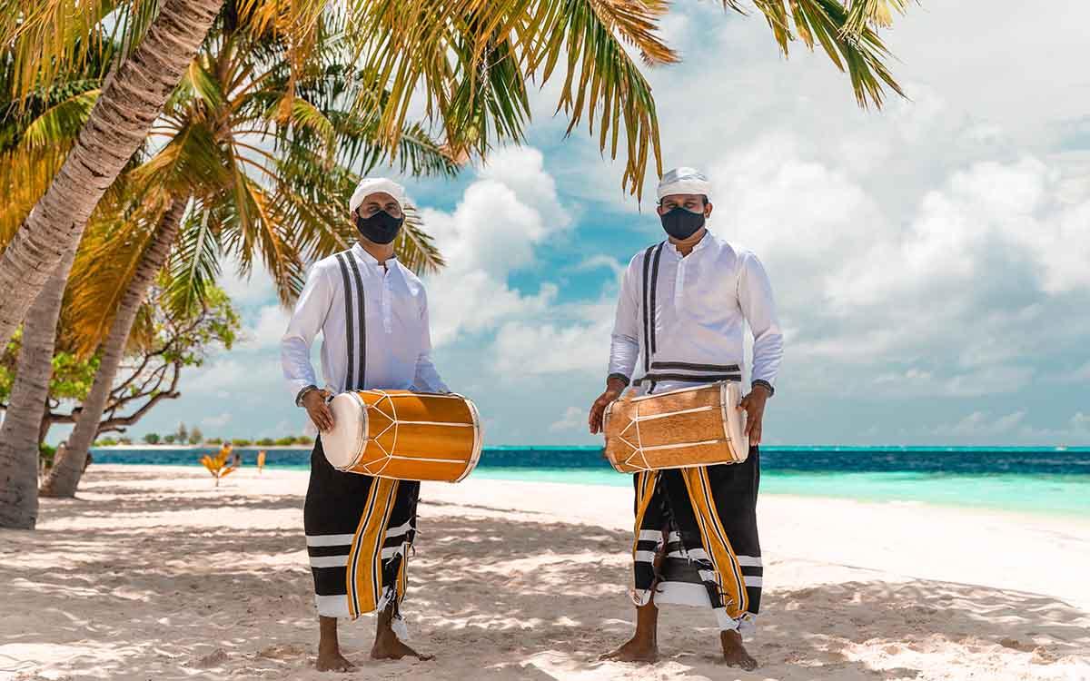 Supporting Local Communities - Vilamendhoo Maldives