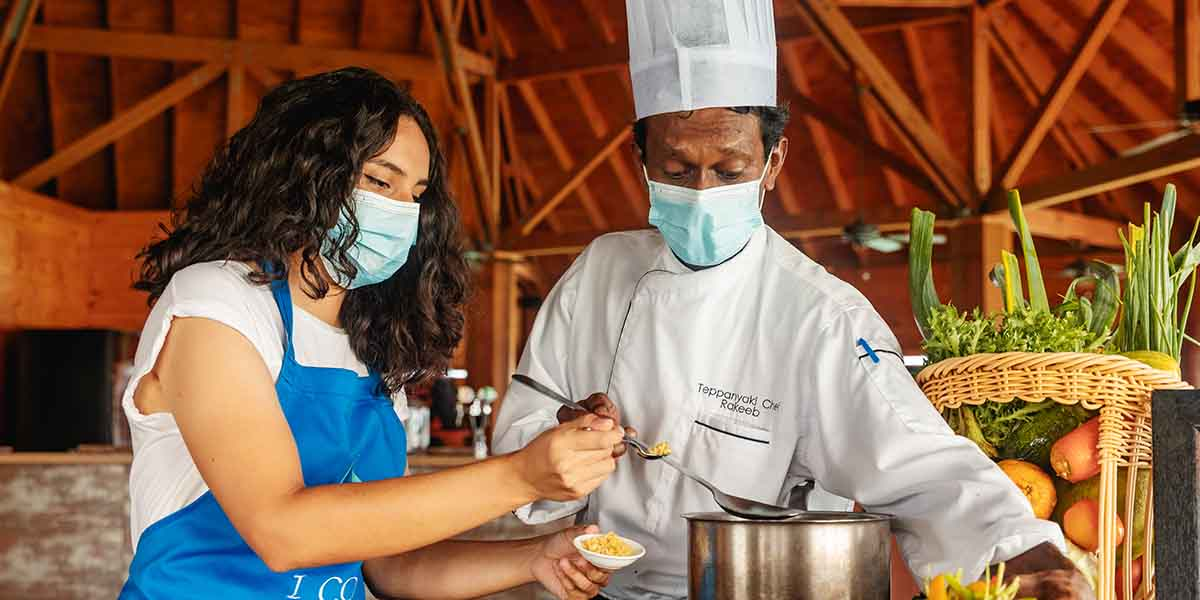 Mother's Day Weekend - Cooking Class at Vilamendhoo Maldives